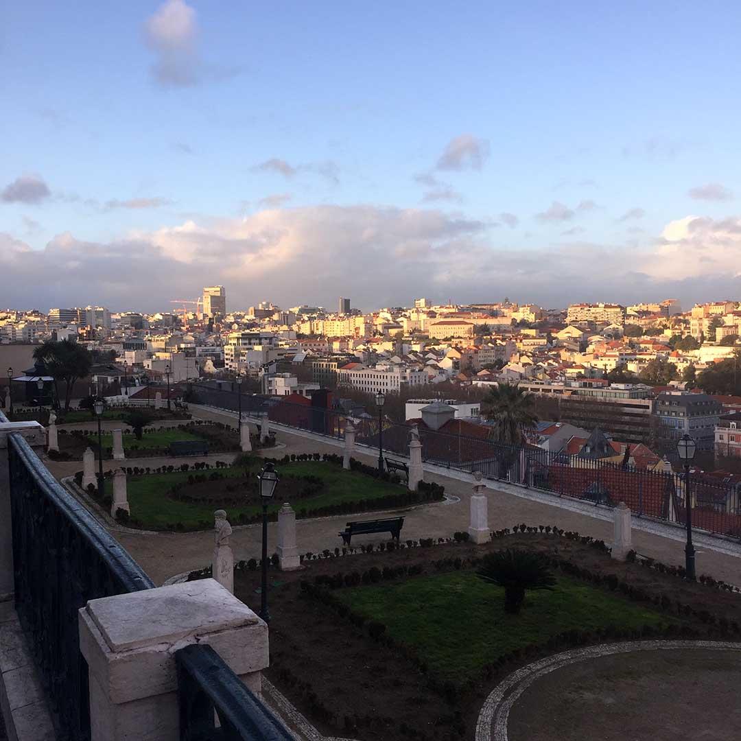 Liebreizend-Fashionblog-Lifestyleblog-Travel-Diary-Lissabon-Jardim de Sao Pedro de Alcântara