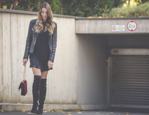 Overknee Stiefel, Samt Tasche von Buffalo, Bikerjacke und Spitzenkleid von Zara